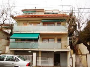 rehabilitacio de façana i addició de coberta exterior i terrassa