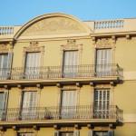 detall de la restauració de la façana principal