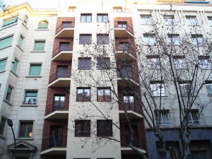 rehabilitación de la fachada y reforma interior de las viviendas